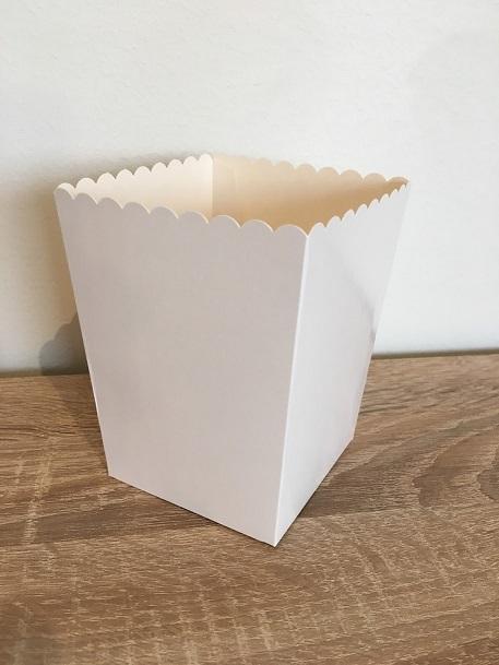 Vita popcornbägare